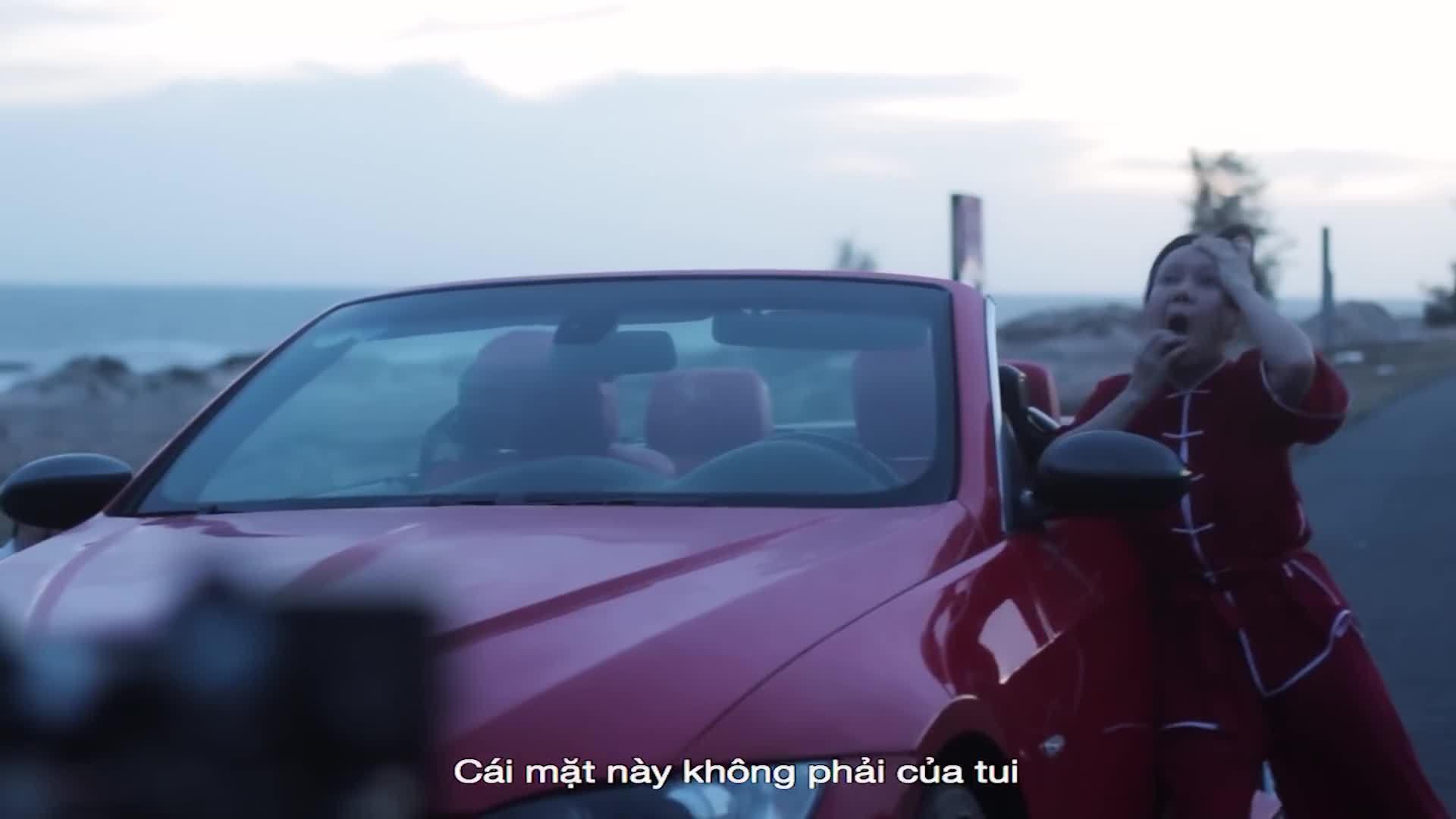 Việt Hương ngất xỉu vì tự mình đóng cảnh hành động mà không cần đóng thế