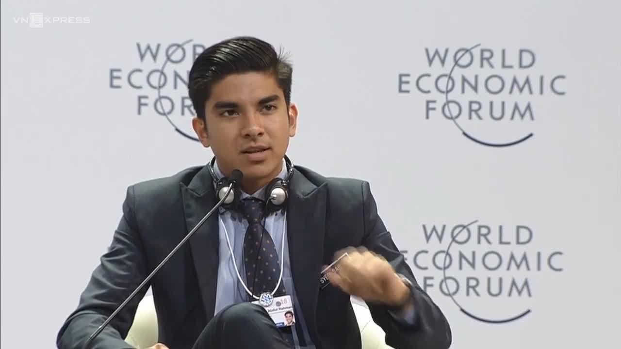 Bộ trưởng 25 tuổi vừa tài vừa đẹp của Malaysia