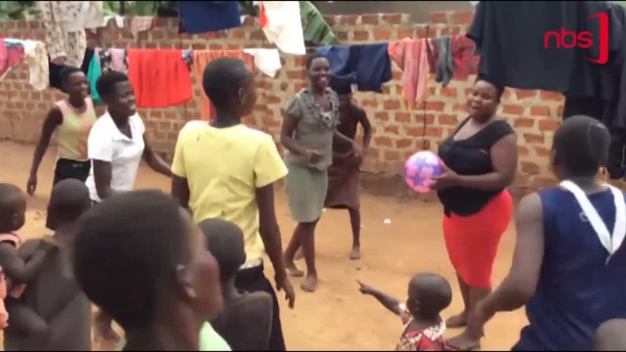 Người phụ nữ 'mắn đẻ' nhất thế giới 40 tuổi có 44 con (2)