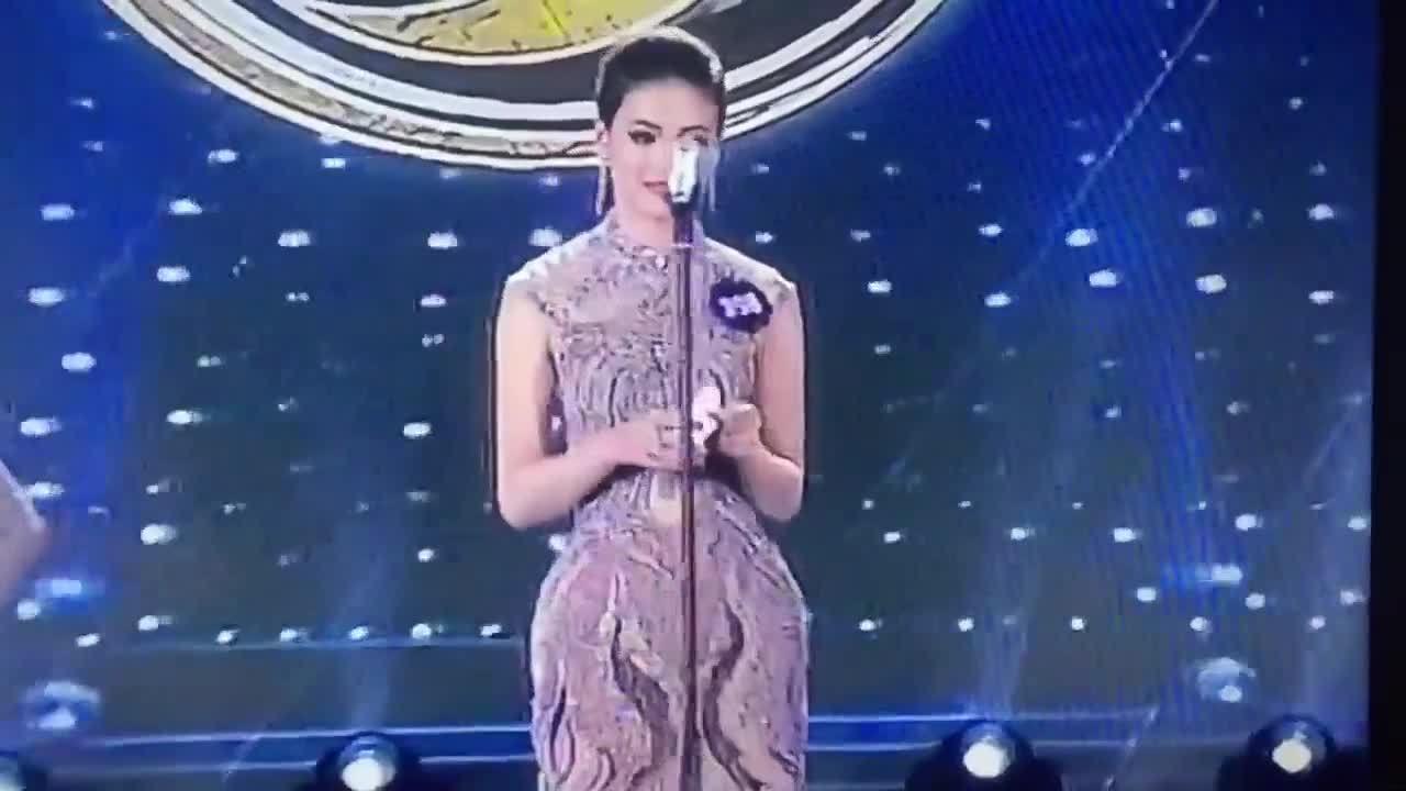 Phương Khánh trả lời ứng xử bằng tiếng Anh ở Hoa hậu Biển Việt Nam toàn cầu