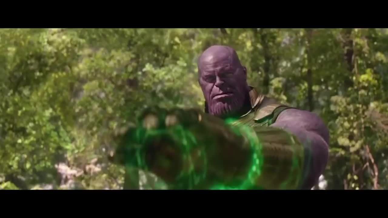 Cảnh Thanos thu thập đủ 6 viên đá vô cực và xóa sổ nửa thế giới