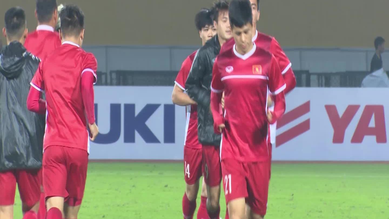 Tuyển việt Nam luyện tập trước trận với Campuchia