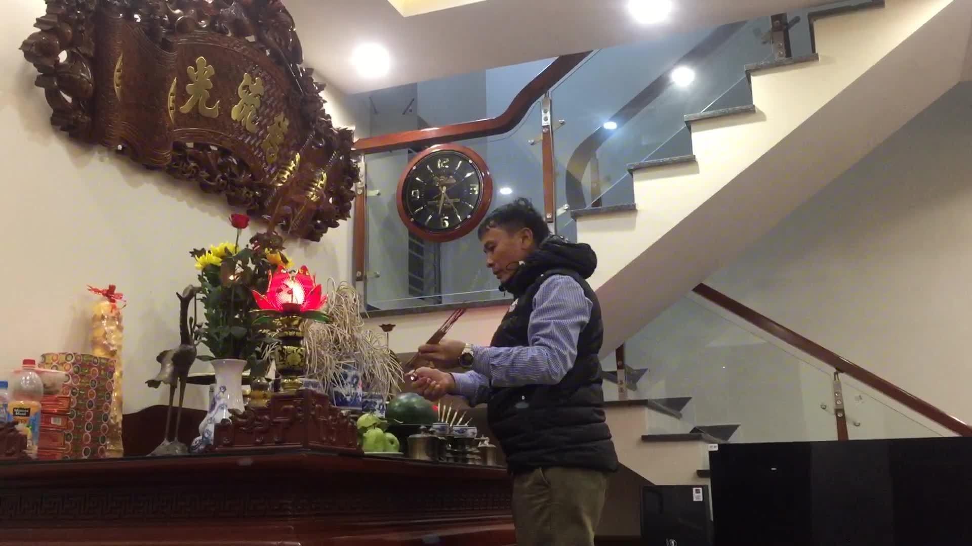 Nhà Quang Hải rộn ràng đón cổ động viên đến xem chung kết