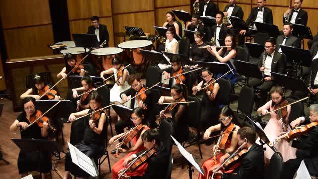 Dàn nhạc giao hưởng 9x đầu tiên của Việt Nam