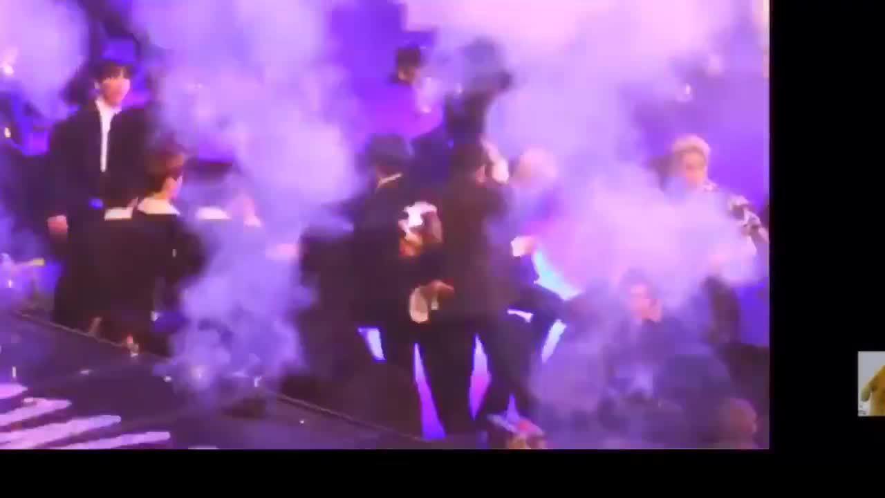 Những khoảnh khắc idol khiến fan cười vỡ bụng tại SMA 2019
