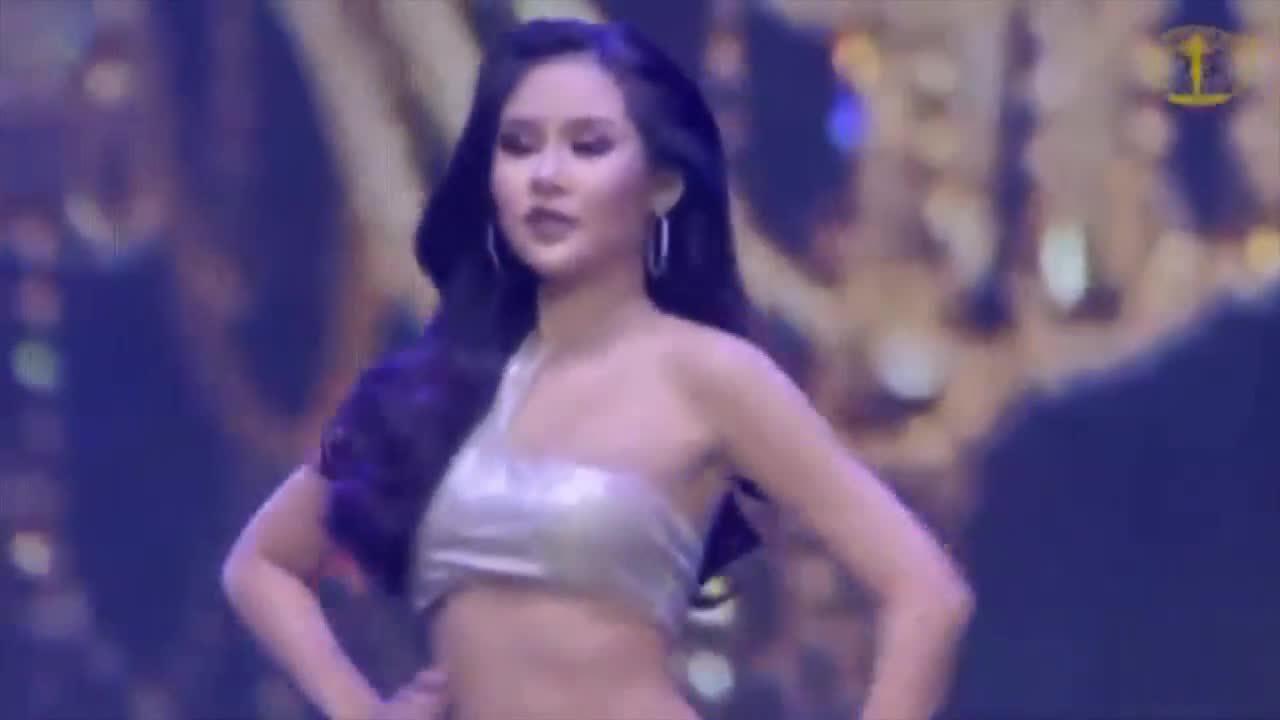 Ngân Anh trình diễn bikini chung kết Miss Intercontinental
