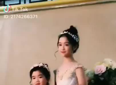 4 'tiểu mỹ nhân' được khuyên nên thi Hoa hậu ngay khi đủ tuổi