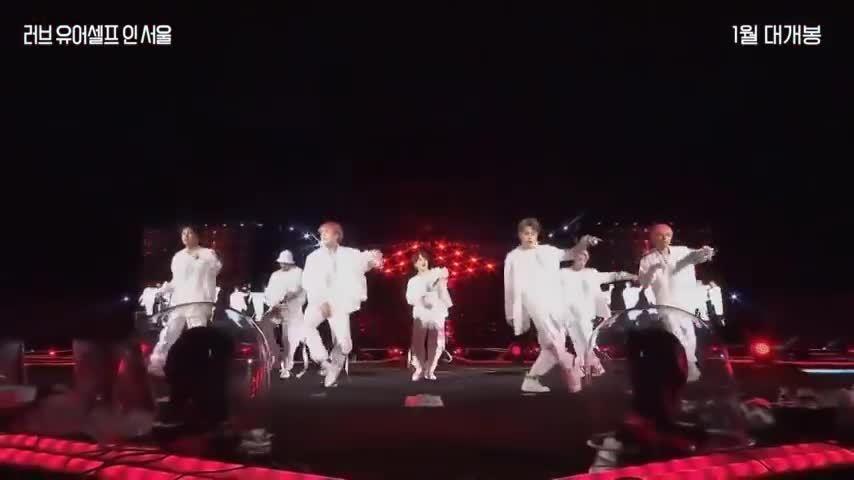 Phim điện ảnh của BTS gây sốt toàn cầu, phá kỷ lục phòng vé