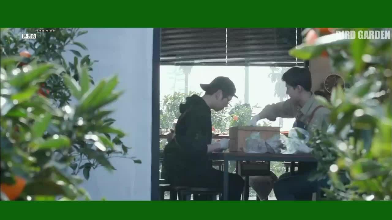 Mối quan hệ thân thiết giữa Se Hun - Kang Daniel