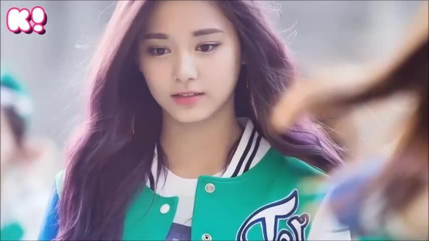 Ji Soo, Irene và Tzuyu: Ai hợp với mái tóc màu tím nhất?
