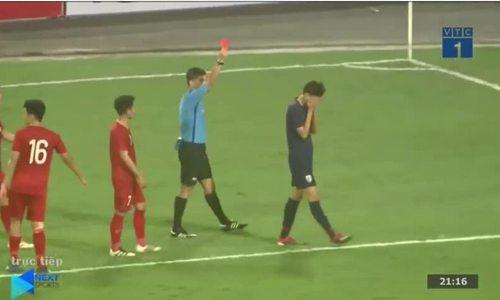 Cầu thủ Thái Lan nhận thẻ đỏ khi đánh vào mặt Đình Trọng