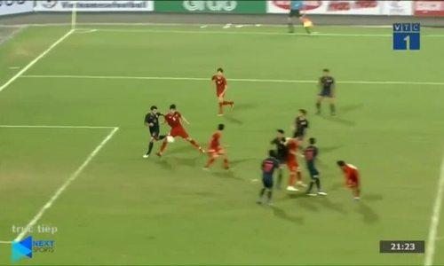 Pha dứt điểm nâng tỷ số 3-0 của Thành Chung trước Thái Lan