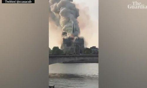 Cháy nhà thờ Đức Bà Paris
