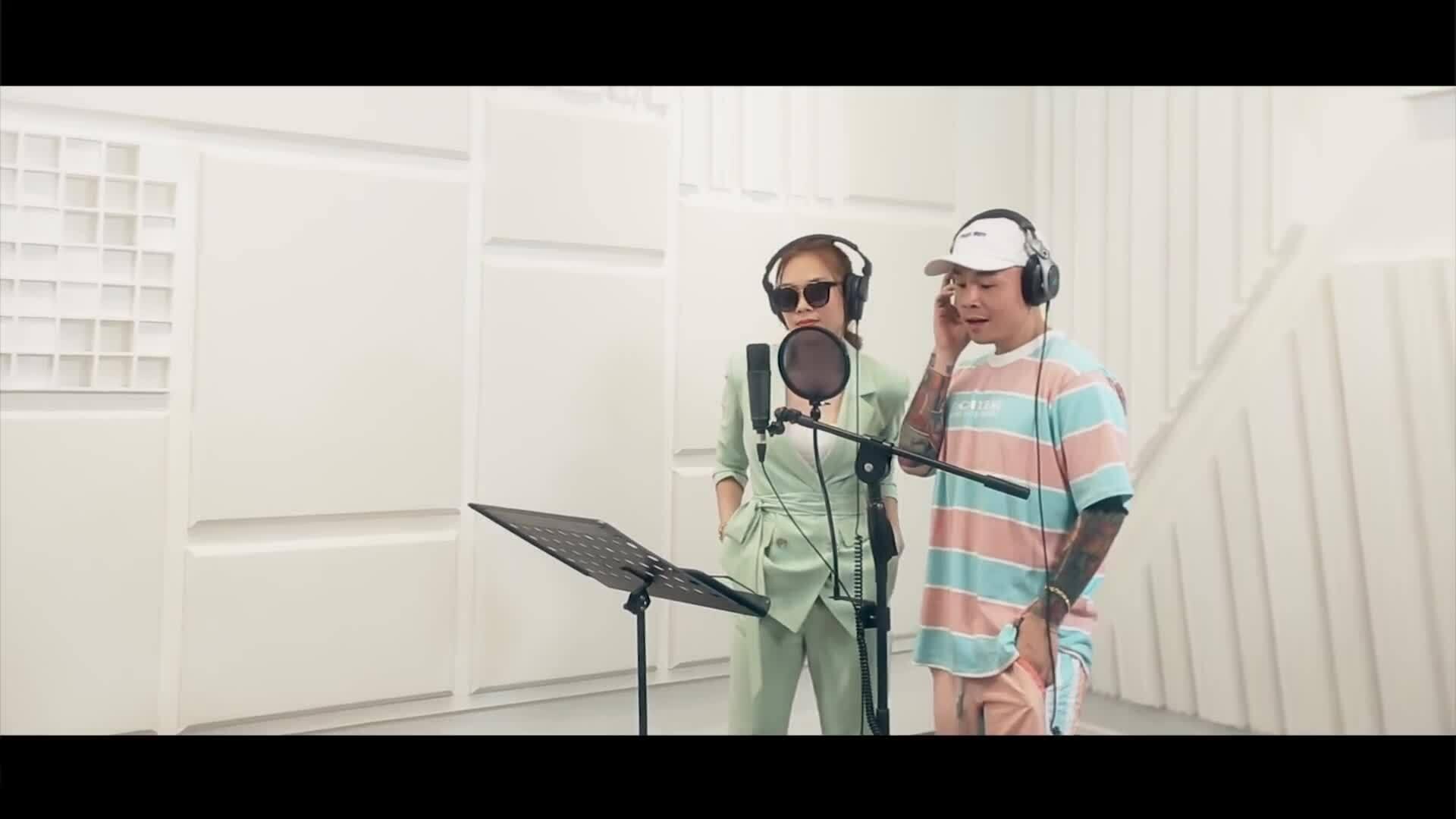 MV 'Con gái như em' - Mỹ Tâm