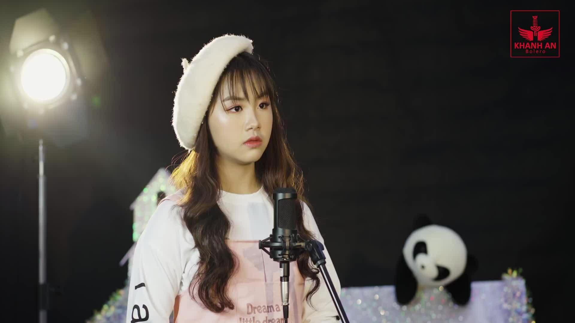Khánh An hát 'Lòng mẹ 2'