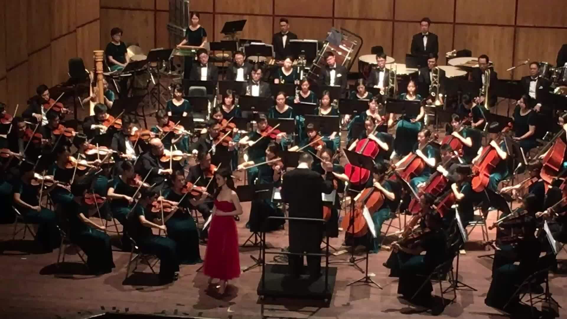Đông Nhi làm mới loạt hit với dàn nhạc giao hưởng