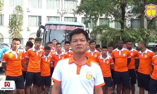 CLB Nam Định cúi đầu xin lỗi sau sự cố pháo sáng