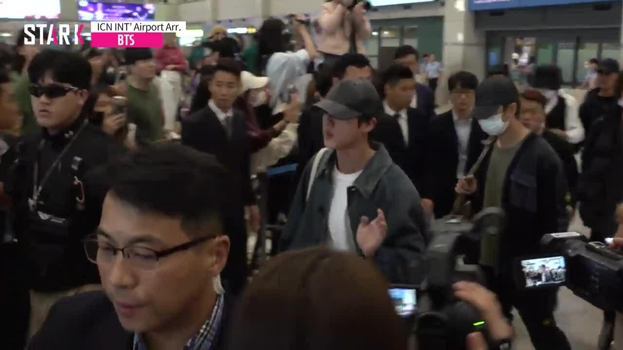 BTS trở về Hàn sau chuyến ghi hình show 'Bon Voyage 4'