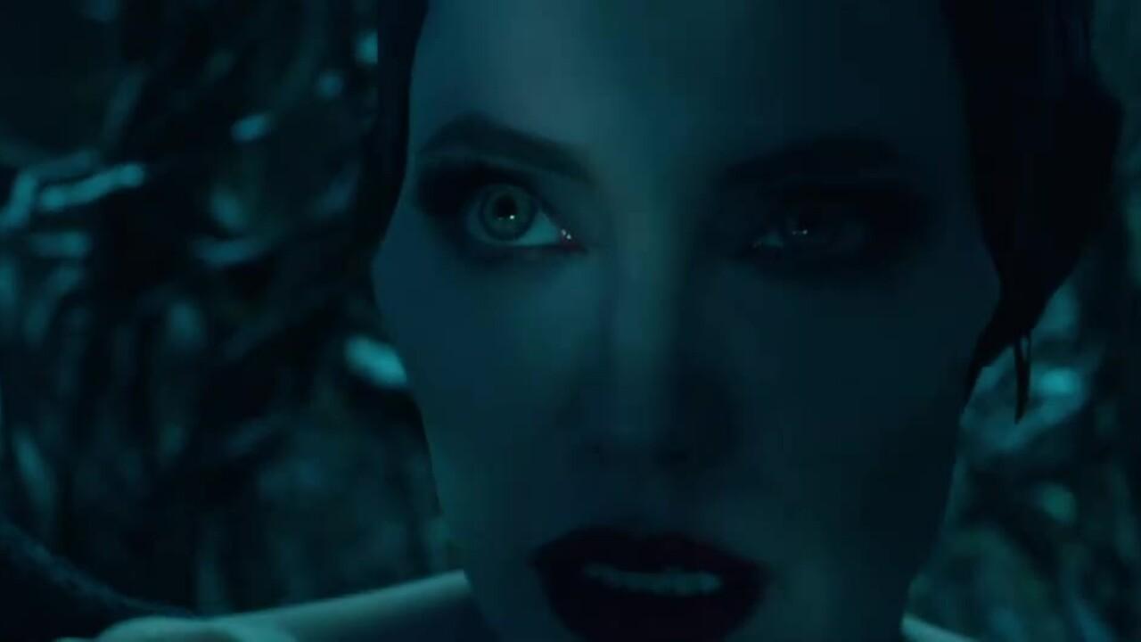 Khoảnh khắc Angelina Jolie khiến khán giả nhớ lại nhan sắc đỉnh cao
