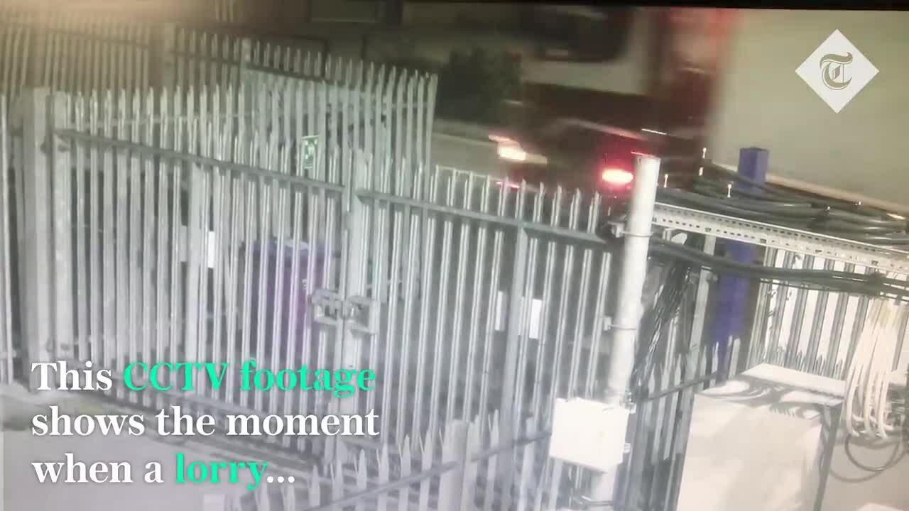CCTV ghi lại xe tải chở 39 thi thể Anh