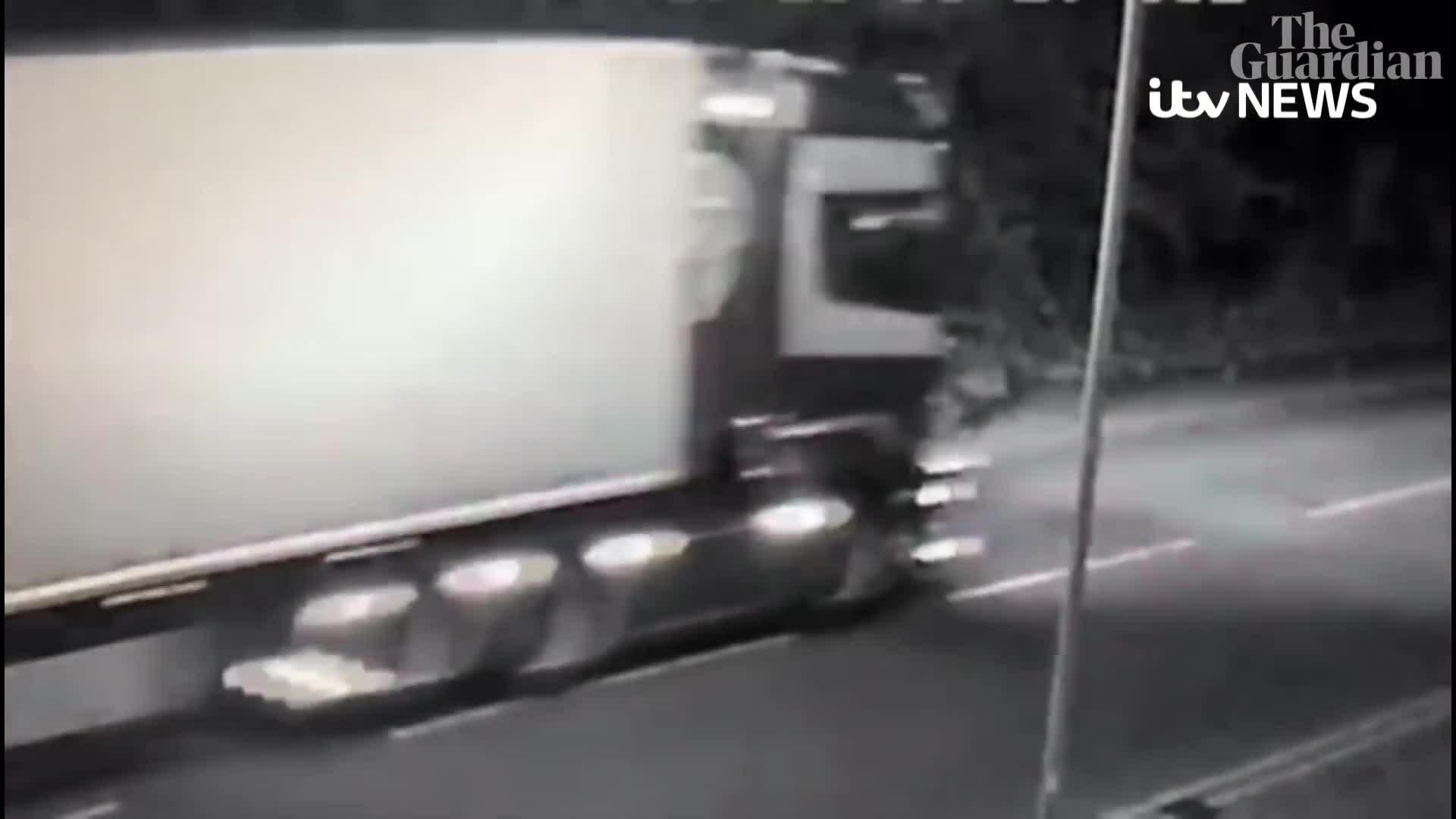 Hành trình cuối cùng của chiếc container chở 39 thi thể