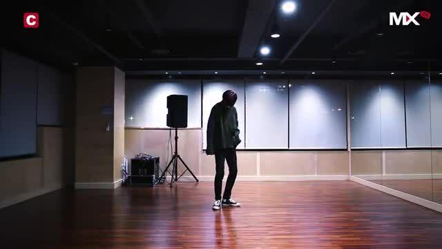 8 bản cover dance trên nền nhạc Âu Mỹ của thần tượng Kpop