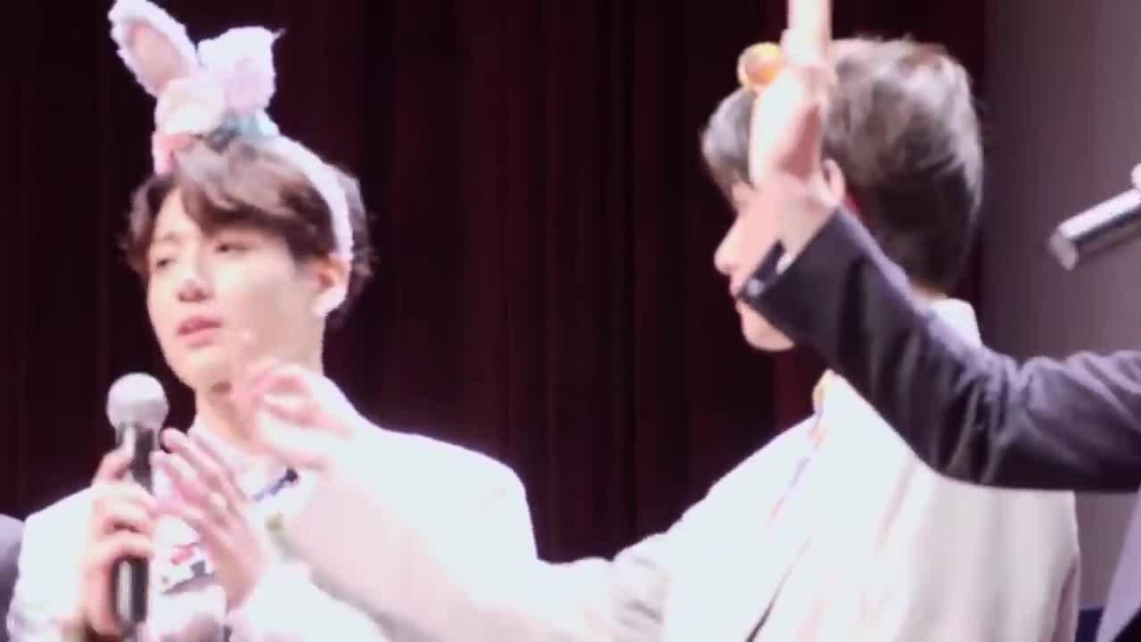 V (BTS) đáp trả gay gắt fan ship cặp đôi VKook