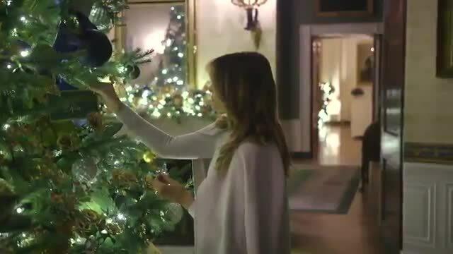 Melania trang trí Giáng sinh Nhà Trắng