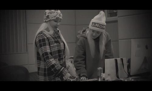 Park Bom - Dara tái hợp trong ca khúc Giáng sinh