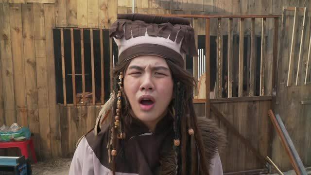 Dàn cameo 'Cánh hoa tổn thương' nói xấu Hoàng Yến Chibi