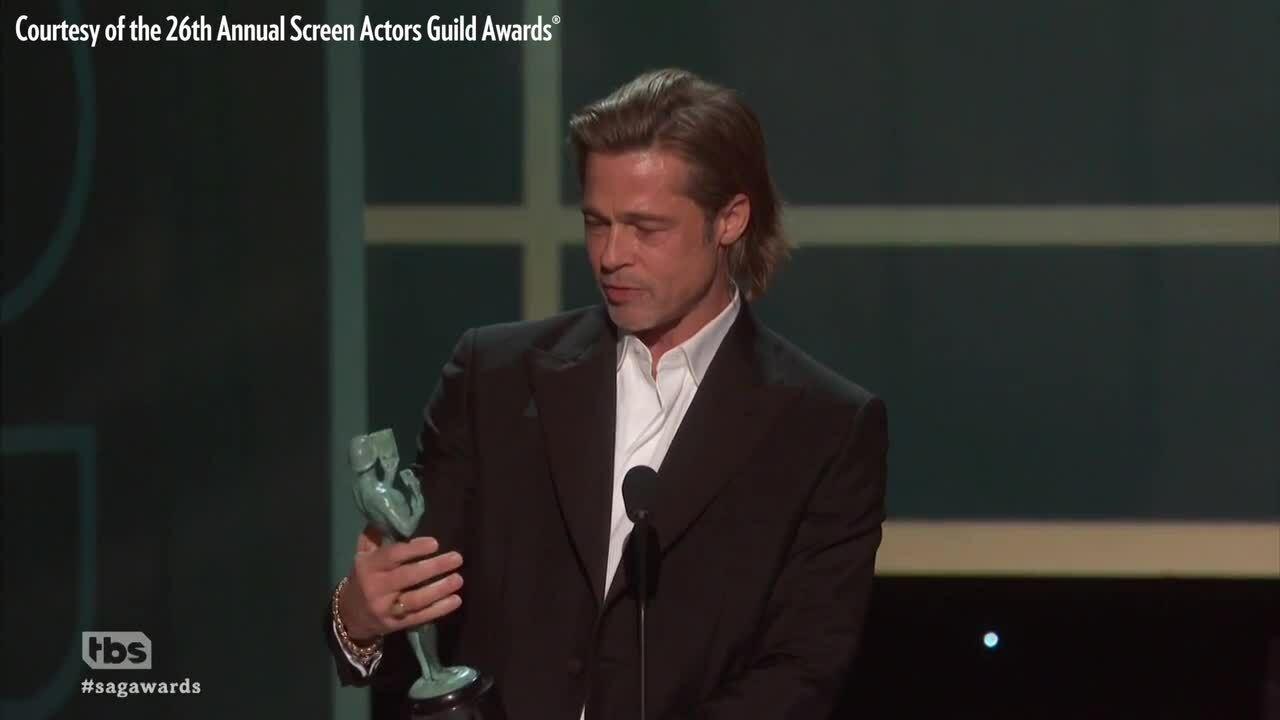 'Bằng chứng' cho thấy Brad Pitt đang 'cua lại vợ cũ'