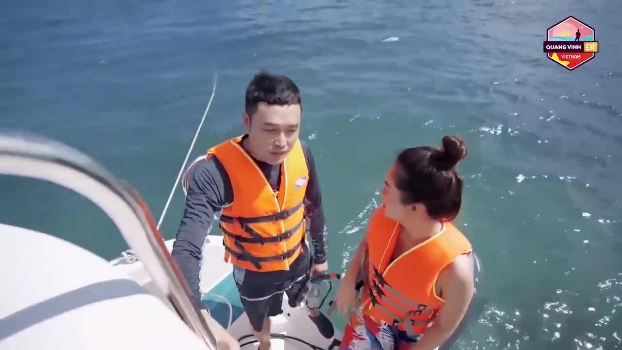 Quang Vinh, Phạm Quỳnh Anh ngồi lên san hô ở Phú Quốc