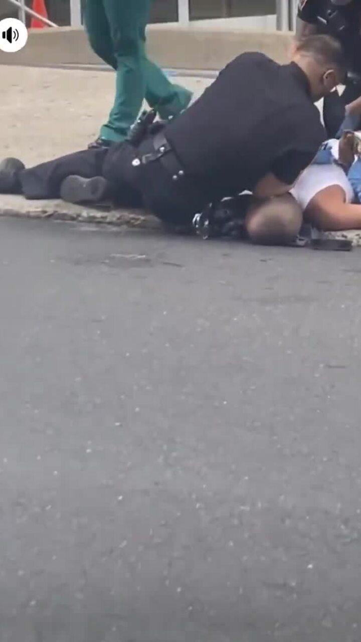 Điều tra vụ cảnh sát đè cổ người đàn ông ở Pennsylvania