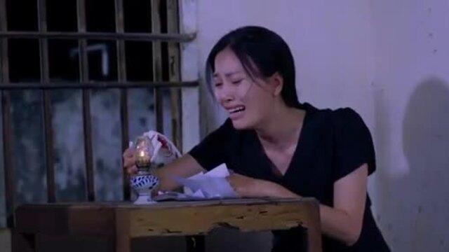 MV Em vẫn đợi anh - Huyền Trang