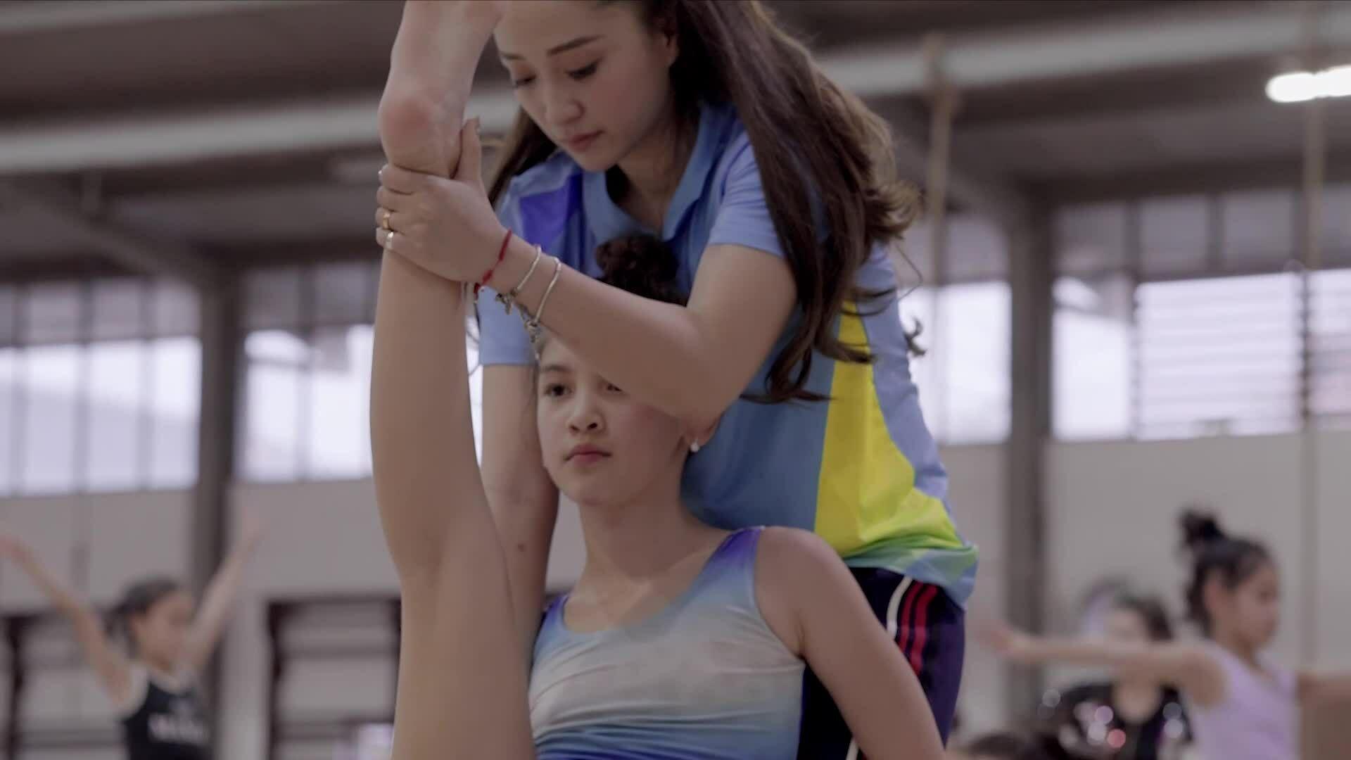 5 năm 'cày' thể dục nghệ thuật của mẫu nhí xinh như hoa hậu