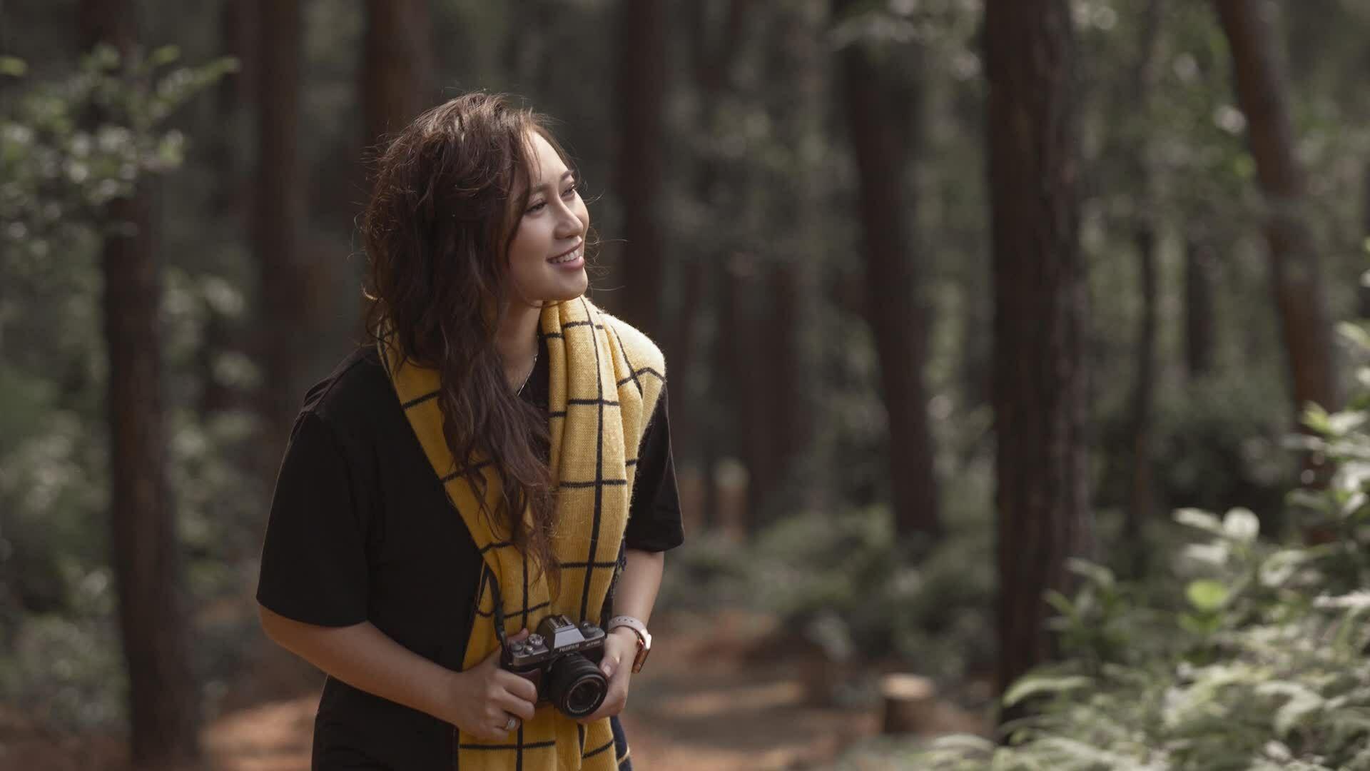 'Họa mi' Khánh Linh tái xuất âm nhạc sau 3 năm ở ẩn