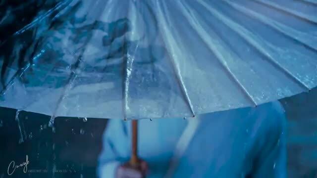 Những cảnh khóc cảm động khiến khán giả cũng sụt sịt theo trong phim Trung Quốc