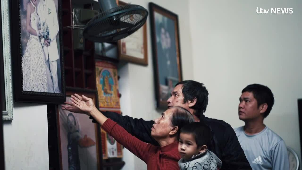 Vụ 39 thi thể người Việt: Cặp vợ chồng nắm tay nhau lúc qua đời