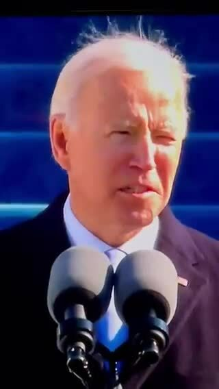 Joe Biden bị chế ảnh vì tóc te tua trong ngày nhậm chức Tổng thống