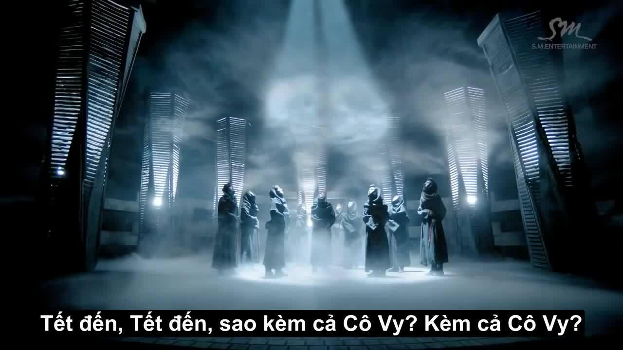 Ở nhà chống dịch, fan Kpop đu trend chế lời 'đỉnh của chóp'