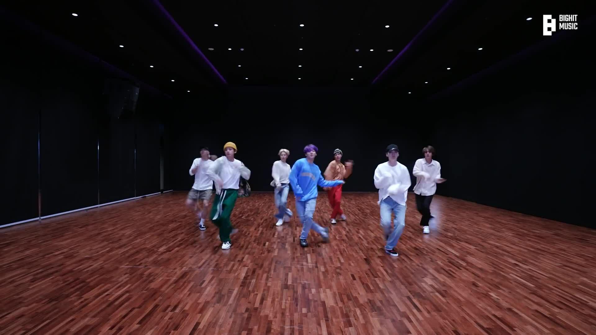 Video vũ đạo của BTS hút hơn 10 triệu views chỉ sau vài giờ đăng tải