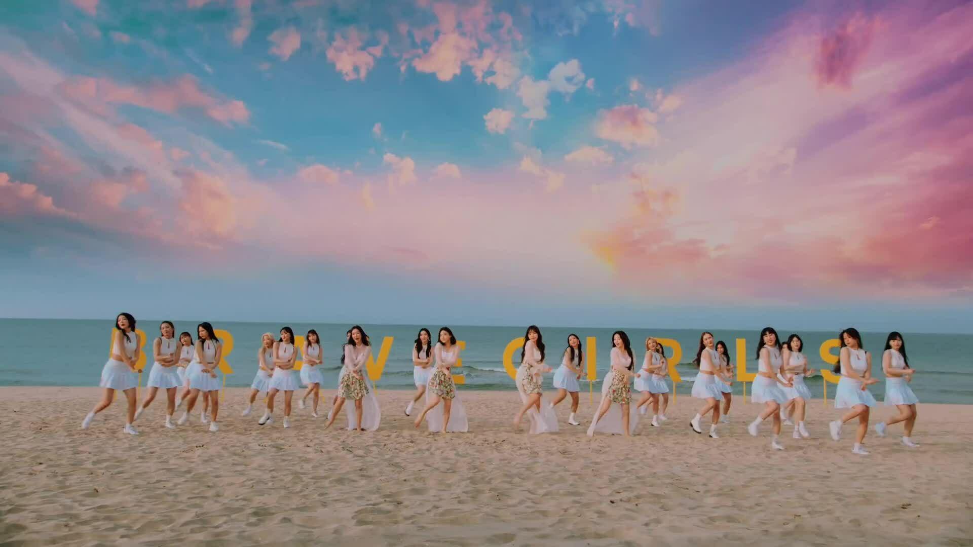 Brave Girls tung MV comeback, báo hiệu ngôi đầu của BTS sắp lung lay