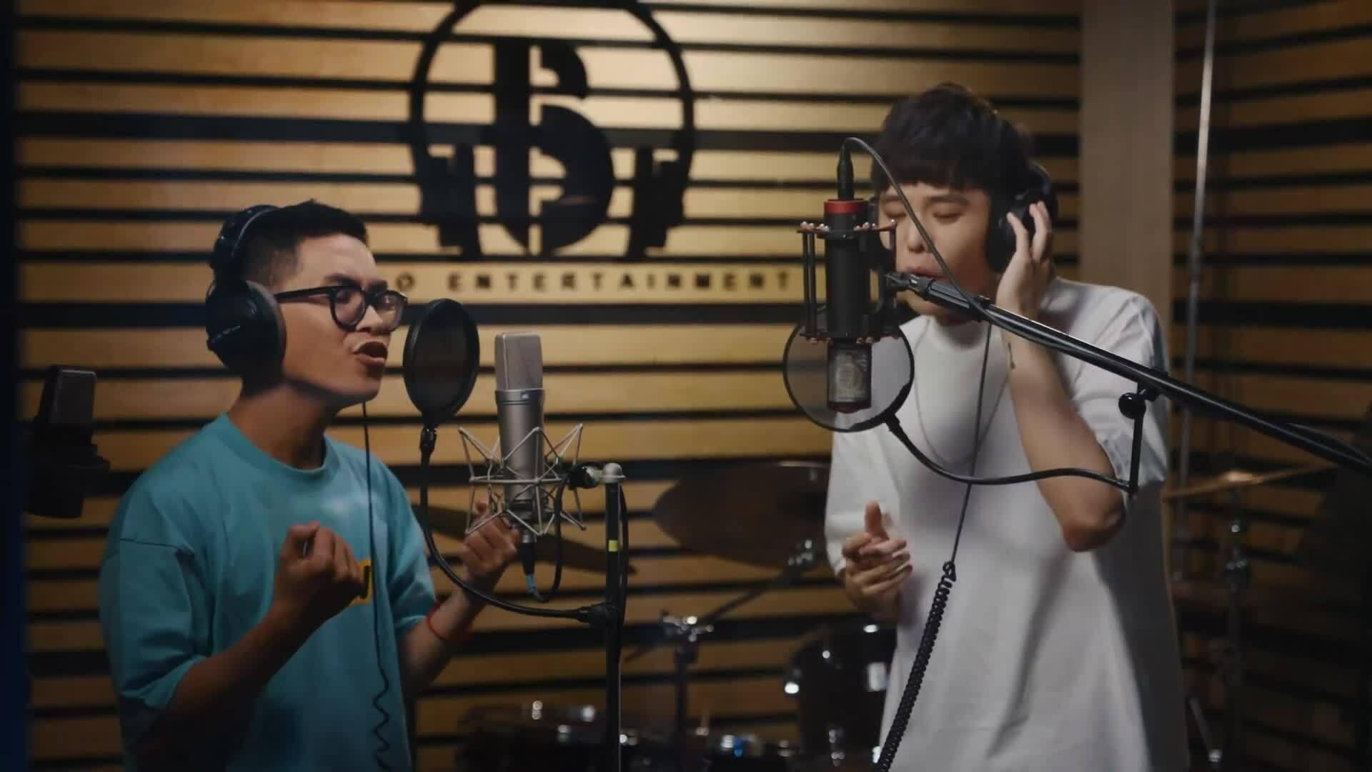 Trịnh Thăng Bình và trò cưng tung MV, netizen nhận xét 'tưởng nhạc Hoa remix'