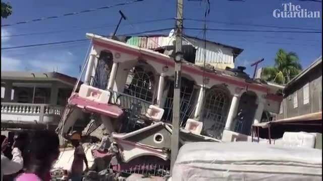 Động đất 7,2 độ richter ở Haiti, ít nhất 304 người chết