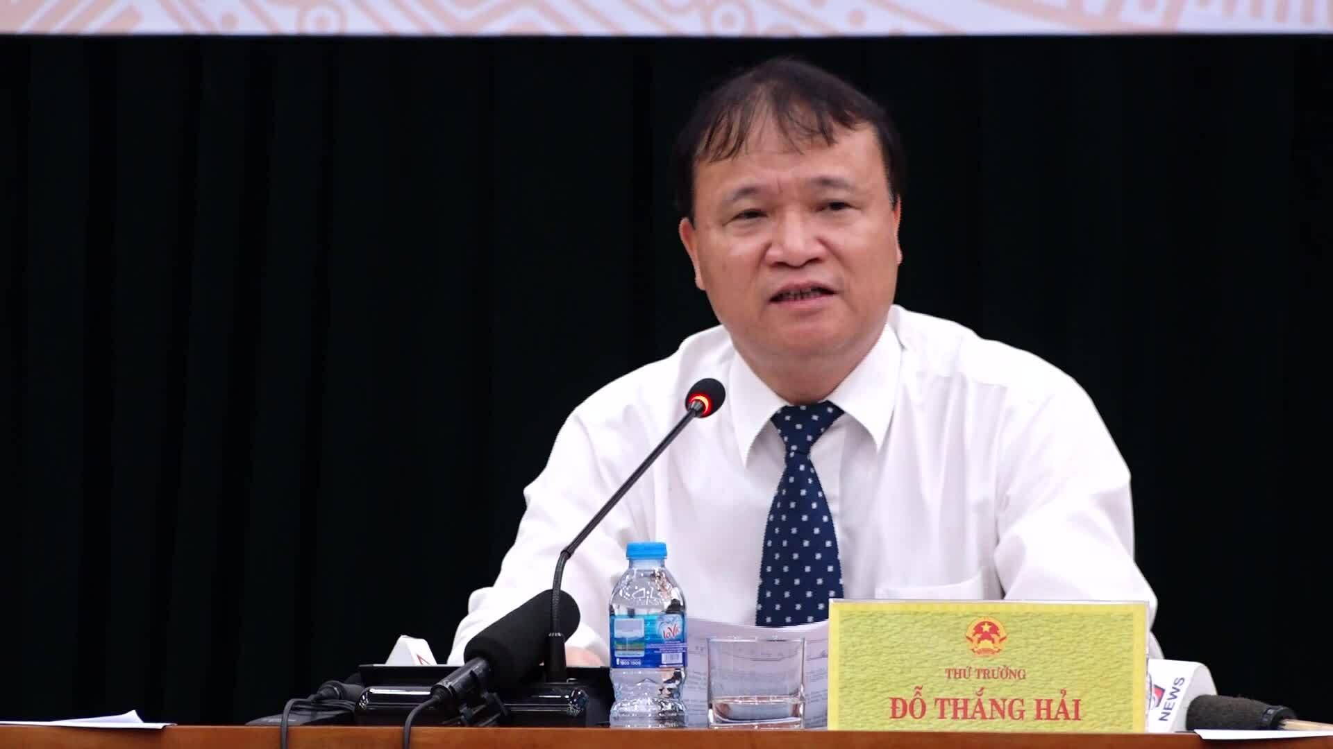 Bộ Công Thương nói về việc Big C ngừng mua hàng may mặc Việt Nam