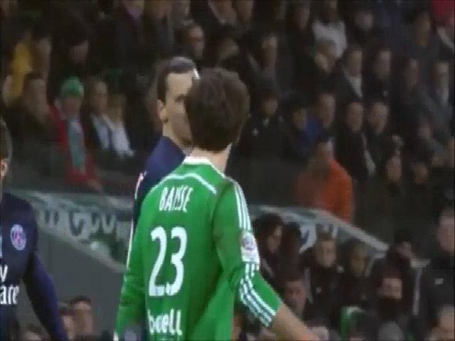 Ibrahimovic hỏi tên đối thủ