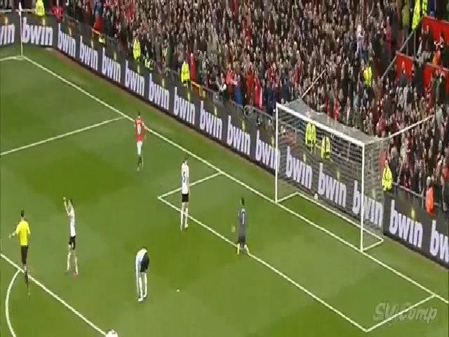 Rooney đóng giả màn hạ knockout khi mừng bàn thắng