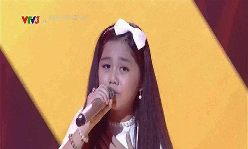 Nhã Thy, Khánh Linh, Mỹ Uyên hát liên khúc 'Mẹ tôi, Huyền thoại mẹ, Đất nước'
