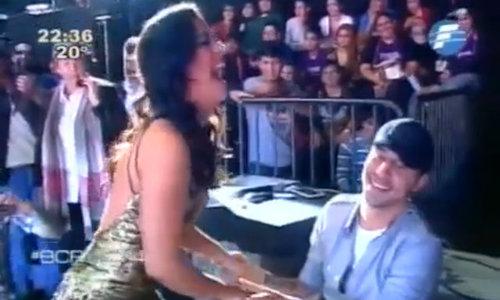 Riquelme và bạn trai xuất hiện trong show truyền hình