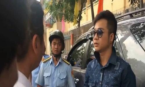 Quách Tuấn Du bị cẩu xe về phường